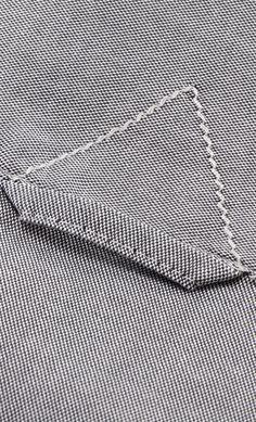 """Chemise pour Homme en tissu Oxford grise - """"Premier Cru"""" - du M au 3XL - Manches longues - Hanjo, le vestiaire des épicuriens : https://hanjo.fr Idée Cadeau Noël"""