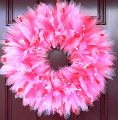 Valentine's Day Tulle Wreath by SimplyTutu on Etsy Valentine Day Wreaths, Valentine Day Crafts, Valentine Decorations, Holiday Wreaths, Valentines, Tulle Crafts, Wreath Crafts, Diy Crafts, Tulle Projects