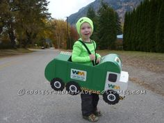 Make a garbage truck out of empty diaper boxes. Check out how these parents did it. #Halloween #Costumes #Upcycle