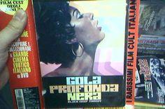 Velvet Illusions - Capa de DVD do filme erótico italiano 'Gola Profonda Nera'.