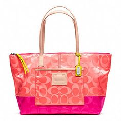 Shop this season s new Coach purses and find your favorite today Coach  Outfits, Coach Legacy 4d77fc45fb