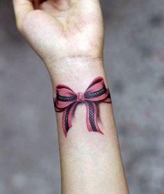 tatuagens de laço no pulso