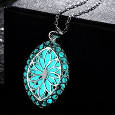 SHARE & Get it FREE | Fashion Hollow Out Retro Flower Carve Luminescent Faux Gem NecklaceFor Fashion Lovers only:80,000+ Items·FREE SHIPPING Join Dresslily: Get YOUR $50 NOW!