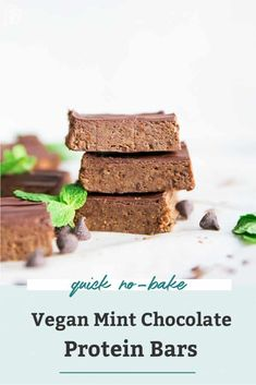 The perfect no-bake snack with 8 grams of protein, 11 grams of healthy fats and 4 grams of fiber to keep you feeling full! No-bake, vegan, cheaper than store-bought, and only 30 minutes in the freezer. Chocolate Protein Bars, High Protein Bars, Vegan Protein Bars, Protein Bar Recipes, Protein Cake, Protein Powder Recipes, Protein Cookies, Protein Foods, Mint Chocolate