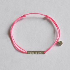 Bracelet plaque gravée Make a Wish, en argent 925°°. http://ticha.bigcartel.com