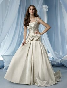 NO.0070472011 style aline one shoulder court trains sleeveless satin wedding dress for brides