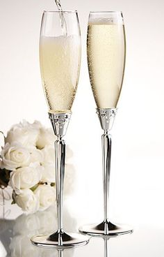 Monique Lhuillier Waterford toasting flutes