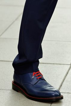 Friday Cool - love the laces