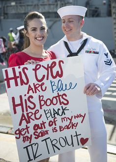 Information Systems Technician Class Thomas Trout, assigned to the guided-missile cruiser USS Princeton (CG greets his fiancee during a homecoming celebration at Naval Base San Diego. Proud Navy Girlfriend, Military Girlfriend, Military Love, Navy Boyfriend, Military Deployment, Military Spouse, Military Families, Navy Mom, Navy Wife
