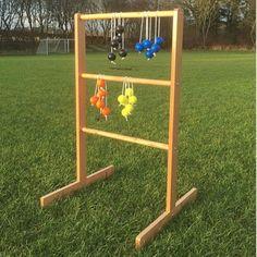 Stigegolf også kaldet Laddergolf. Yderst sjovt udendørsspil hvor hele familien kan spille med. Læs mere om spillet og reglerne inde hos Jyskegolfbolde.dk
