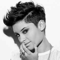 Short brunette pixie - Hairstyles For Women Cute Haircuts, Funky Hairstyles, Short Sassy Hair, Short Hair Cuts, Pixie Cuts, Love Hair, Great Hair, Pixie Haircut, Haircut Short