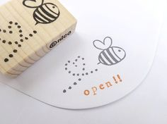 Hey, I found this really awesome Etsy listing at https://www.etsy.com/listing/153147622/rubber-stamp-honeybee-stamp-wedding