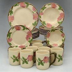 Franciscan, Desert Rose (China) - Page 1 Vintage Kitchenware, Vintage Dishes, Desert Rose Dishes, Franciscan Ware, Pretty Box, Antique China, Dinnerware Sets, China Patterns, Deserts