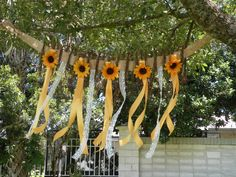 SUNFLOWER TWIG BURLAP Flower Wall Hanging by NaturePreserved