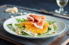 Spekemat med fennikel- og appelsinsalat | Coop Mega Thai Red Curry, Ethnic Recipes, Food, Drink, Beverage, Meals, Drinking, Yemek, Drinks