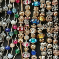 #pandora#pandorathailand #pandorafans #pandoralover #unforgettablemoments #pandoragold #pandoraessence #pandorabracelet #charms #beads #bracelets #14k #goldandsilver #jewellery