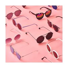 Cute Sunglasses, Mirrored Sunglasses, Cute Girls Bedrooms, Makeup Gift Sets, Glasses Brands, Mood Images, Free Frames, Geek Games, Flat Lay Photography