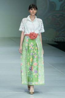 Model Baju Batik Blouse Batik, Batik Dress, Kimono, Batik Kebaya, Kebaya Dress, Batik Fashion, Ethnic Fashion, Simple Dresses, Casual Dresses