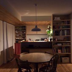 Kazukiさんの、そそる〜(笑)( ´ ▽ ` )ノ,ぐっと暗めな照明計画。,MIテーブル,小泉 誠,照明,IDEE,ナラの床材を天井に張ってます!,ナラ無垢床,部屋全体,のお部屋写真