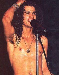 I caught Slash& guitar pick in Atlantic City. Guns N Roses, Axl Rose, Metallica, Saul Hudson, El Rock And Roll, Duff Mckagan, Glam Metal, Tommy Lee, Welcome To The Jungle