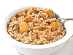 Apple Pie Oatmeal, Healthy and Super Yummy with Weight Watchers Points | Skinny Kitchen