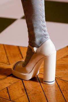 Miu Miu, always knows the key to my Shoes Heart. Spring 2014.