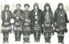 Group of Even (Lamut) women with national costumes. Okhotsk okrug. Begining the XX. century.