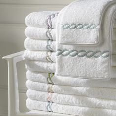 Classic Chain Luxury Towels by Matouk Soft Towels, Cotton Towels, Bath Towel Sets, Bath Towels, Tea Towels, Bathroom Towel Decor, Bathroom Inspo, Fitted Bedroom Furniture, Luxury Bed Sheets