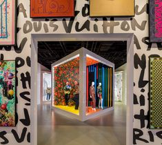 World Architecture Community News - Art and fashion meet at Louis Vuitton X exhibition with vivid colors in Beverly Hills Exhibition Booth Design, Exhibition Display, Exhibition Space, Exhibition Stands, Rome Exhibition, Exhibition Ideas, Exhibit Design, Window Display Design, Fashion Window Display