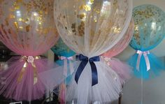 Sneak peek of some of the many many signature confetti and tulle balloons for some weekend communions and christenings #tulleballoons #melbourneballoons #melbourneevents #christeningballoons #communionballoons