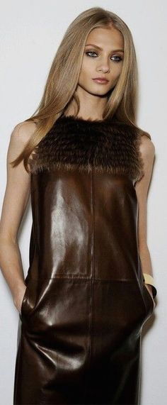 Makeup for a night out. Brown Fashion, Leather Fashion, Autumn Fashion, Fashion Moda, Womens Fashion, Looks Style, My Style, Anna Selezneva, Leder Outfits