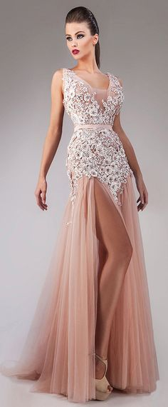 Attractive Tulle Scoop Neckline A-Line Evening Dresses With Beaded Lace Appliques