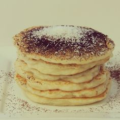 Kokosové lievance - NajRecept.sk Mille Crepe, Crepes, Pancakes, Cooking Recipes, Sweets, Breakfast, Fit, Recipes, Mascarpone