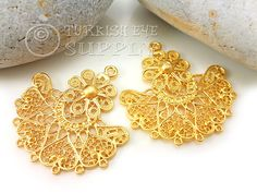 2 pc Filigree Earring Component Approx.35x37mm Matte 22K Gold Plated Brass Lead and Nickel safe/free *Actual colors may slighly differ from screen to screen because of different color settings of computer screens. *Please read my shop policies for Important Notes. All orders are