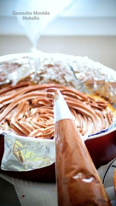 Nutella cake ganache for cakes and cupcakes - Quick and Easy Recipes Nutella Pizza, Nutella Fudge, Macaron Nutella, Ganache Au Nutella, Ganache Cake, Cupcakes Amor, Cupcake Cakes, Cupcake Recipes, Dessert Recipes
