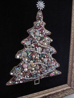 Old vintage jewelry christmas tree -