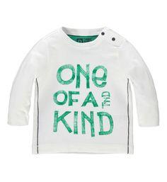 Tumble 'n Dry longsleeve model Wonder. Dit shirt is voorzien van de print ONE OF A KIND aan de voorzijde en heeft lange mouwen en een ronde hals.