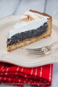 3 of my favorite things in one cake! poppy seeds, marzipan, meringue