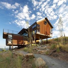 Sunshine Canyon House by Renée Del Gaudio Architecture