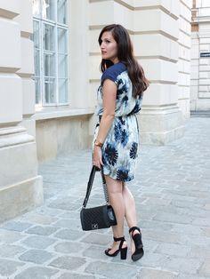 Summer Print, Chanel Boy Bag, Summer Dress    Pieces of Mariposa