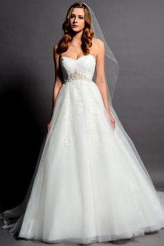 Classic Empire Panel Train Tulle A line Sweetheart Wedding Gown