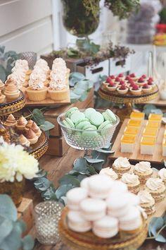 4 dicas de ouro para montar a mesa de doces do casamento