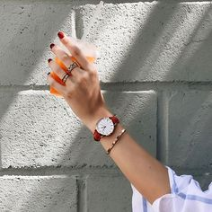 WEBSTA @ maritsanbul - Lunch time in Venice with my #rosefieldorangecrush 🍊before heading to the beach 🏖 #myrosefieldmoment @rosefieldwatches