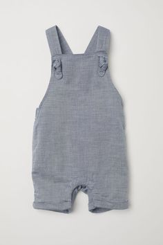 Bib Overall Shorts Cotton Bib Overall Shorts - Blue - Kids Baby Outfits, Newborn Outfits, Kids Outfits, Dungarees Shorts, Bib Overalls, Salopette Short, H&m Baby, Toddler Girl Style, Baby Style
