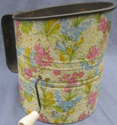 Willow Floral Chintz Flour Sifter