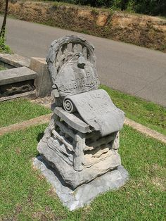 Marker- Wooden Chair at the Magnolia Cemetery, Charleston, SC