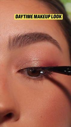 Daytime Eye Makeup, Edgy Makeup, Eye Makeup Steps, Makeup Eye Looks, Eye Makeup Art, Retro Eye Makeup, Summer Eye Makeup, Glamour Makeup, Makeup Tutorial Eyeliner