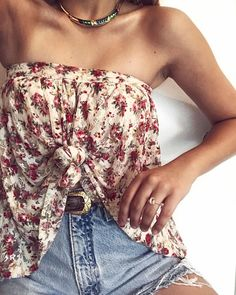Floral Street Style Casual Chic Outfit How to Wear Florals How to Style a Skirt Morganite Ring