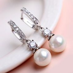 Pair of Delicate Rhinestone Pearl Decorated Round Earrings For Women (AS THE PICTURE) | Sammydress.com Mobile
