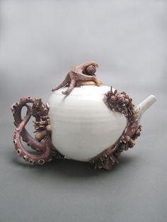 ^.^ Absolutely amazing!  bottom feeder tea pot